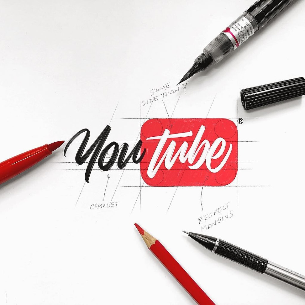 Luis Lili Calligraphy Style Logos