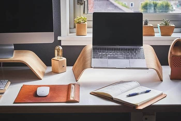 How to Start Working From Home Tips & Tricks for Freelancers - Working Solutions - Work From home necessities-min